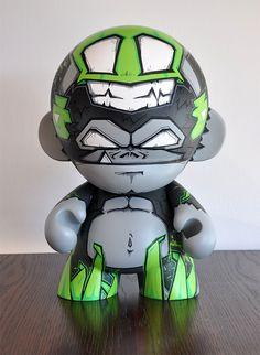 Da Beast X Sup'Hero - Mega Munny on Toy Design Served
