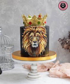 Best Cupcakes Birthday Party Theme Cake IdeasYou can find Themed cakes and more on our website. Fondant Cupcakes, Fun Cupcakes, Birthday Cupcakes, Cupcake Cakes, Beste Cupcakes, Lion Cakes, Lion King Cakes, Birthday Party Decorations, Birthday Parties