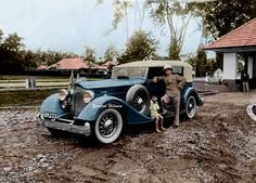 Sultan of Langkat proudly posed with his luxurious sedan, a Packard 1107 twelve, eleventh series, 12-cylinder, 160-horsepower, 142-inch wheelbase, 5-person convertible sedan