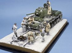 Dioramas and Vignettes: In the frontline forest, photo #4