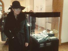 """Otvaranje izlozbe nakita: Lepota koja se nosi. Velika italijanska bizuterija.  #ititutoitalianodicultura #exhibition #jewelry #opening #fashion…"""