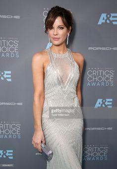 Actress Kate Beckinsale attends the 21st Annual Critics' Choice Awards at Barker Hangar on January 17, 2016 in Santa Monica, California.