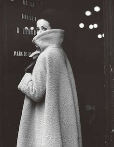 Gitta Schilling in a coat by Nina Ricci, photo by F.C. Gundlach, Paris 1962