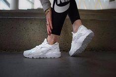 """Women's Air Huarache Run """"White/White"""" Style:"""