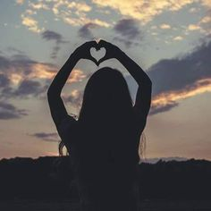 Find images and videos about girl, love and photography on We Heart It - the app to get lost in what you love. Teen Photography Poses, Shadow Photography, Tumblr Photography, Sunset Photography, Girl Shadow, Cartoon Girl Images, Profile Pictures Instagram, Silhouette Photography, Shadow Pictures