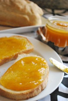 Vanilla Honey Peach Butter is the perfect southern spread for your morning toast. Try this delicious recipe! Honey Recipes, Jam Recipes, Canning Recipes, Fruit Recipes, Flavored Butter, Butter Recipe, Dips, Peach Butter, Jam And Jelly