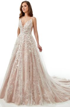 Prom Dresses Online, Pageant Dresses, Bridal Gowns, Wedding Gowns, Tan Wedding, Cream Wedding Dresses, Dream Wedding, Long Evening Gowns, Perfect Prom Dress
