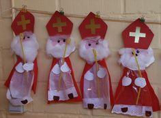 Risultati immagini per bricolage st nicolas Christmas Traditions, Christmas Themes, Christmas Holidays, Father Christmas, Childrens Christmas Crafts, Holiday Crafts, Felt Crafts, Kids Crafts, Christmas Worksheets