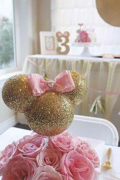ideas para fiestas minnie mouse dorado y rosa Minie Mouse Party, Minnie Mouse Theme Party, Minnie Mouse First Birthday, Minnie Mouse Baby Shower, Minnie Mouse Pink, 1st Birthday Girls, Mickey Birthday, Birthday Ideas, Decoration Minnie
