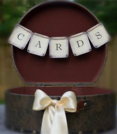2014 round suitcase wedding card box, vintage wedding card holder #2014 #home decor #ideas #Easter #spring wedding #Craft #food www.dreamyweddingideas.com