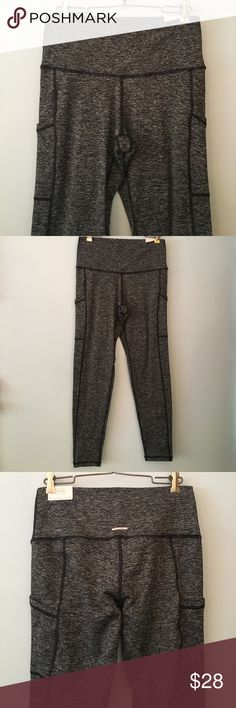 Aerie play pocket leggings Aerie play leggings new with tags. High rise size large. Run slightly big. 90% polyester, 10% elastane. Fleece lined, dark marled gray color. Has side pockets on outer thighs. aerie Pants Leggings