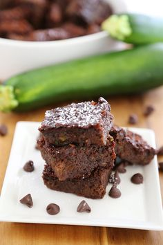 Flourless Zucchini Chocolate Brownies – Super gooey, fudgy chocolate brownies with easy-to-find ingredients! thecomfortofcooking.com