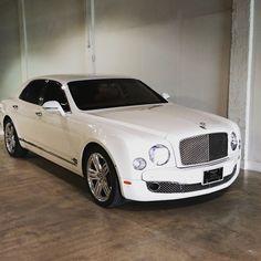 Rolls Royce for rental in South Beach Miami rent this amazing car Rolls Royce Rental, Bentley Mulsanne, Lux Cars, Mens Toys, Lamborghini Veneno, South Beach Miami, Car Rental, Exotic Cars, Dream Cars