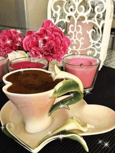 What a lovely table! Coffee Cafe, Coffee Drinks, Coffee Shop, Coffee Lovers, Good Morning Coffee, Breakfast Tea, Coffee Photography, Teapots And Cups, Tea Art