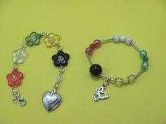 Encontrei estas lindas pulseirinhas numa feirinha de missões. Amei!!!!
