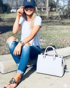 "1,753 Likes, 101 Comments - Katy Roach (@livingmybeststyle) on Instagram: ""This week has just been too good to me! We got our house, my favorite pair of jeans were easier to…"""