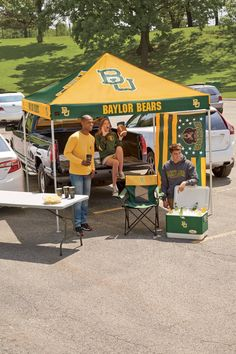 Baylor Bears tailgate tent // You think you might not need a tent for tailgating, until you remember it's still 90 degrees during Texas football season!