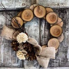 I love this wooden wreath