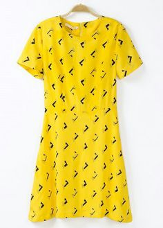Yellow Short Sleeve Geometric Print Dress US$27.67