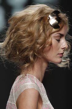 Spring Summer 2012 Teresa Helbig Catwalk Cibeles Madrid Fashion Week vimeo.com/36471214