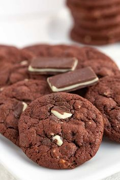 Andes Mint Cookies, Mint Chocolate Chip Cookies, Chewy Peanut Butter Cookies, Peanut Butter Recipes, Chocolate Pudding Cookie Recipe, Cupcake Recipes, Cookie Recipes, Cracked Cookies, Andes Mint Chocolate