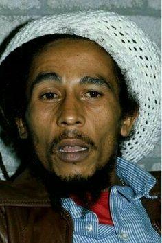 52d9ddfd4f5f Bob Marley Bob Marley Legend