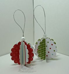 Quick & Easy Christmas ornaments using round scallop tags.