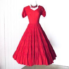 robe Vintage 1950.. .magnifique GIGI YOUNG ORIGINALS