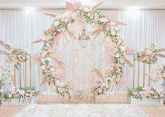 Wedding Backdrop Design, Desi Wedding Decor, Wedding Stage Design, Rustic Wedding Backdrops, Wedding Reception Backdrop, Wedding Stage Decorations, Engagement Decorations, Wedding Set Up, Backdrop Decorations