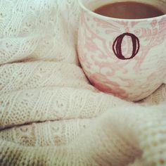anthropologie initial mug & fisherman's blanket. sweet & cozy, perfect for #mothersday.