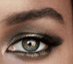Eye makeup cool tones soft summer 60 New ideas Soft Summer Color Palette, Summer Colors, Brown Eyeshadow, Mac Eyeshadow, Summer Eyes, Neutral, Leona Lewis, Seasonal Color Analysis, Eye Photography