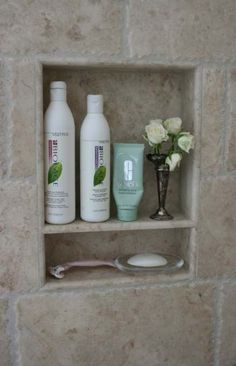 Shower recess, perfect for storage of your everyday products - douche House Bathroom, Master Shower, Bathrooms Remodel, Small Bathroom With Shower, Shower Remodel, Bathroom Design, Tile Remodel, Bathroom Remodel Master, Tiny House Bathroom