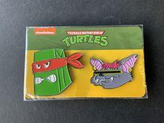 2021 Loot Crate Exclusive Crooked Turtle and Scrag pin back Ninja Turtle Toys, Ninja Turtles, Neca Figures, Teenage Mutant Ninja, Tmnt, Crates, Presents, Comic Books, Gifts