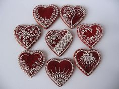 srdiečka Heart Shaped Cookies, Heart Cookies, Gingerbread Decorations, Gingerbread Cookies, Christmas Gingerbread House, Christmas Cookies, Christmas Trees, Valentines Day Hearts, Valentine Crafts