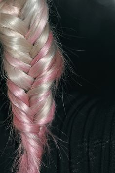 fishtail blonde and pink Beautiful Hair Color, Everything Pink, Fishtail, Pretty In Pink, My Hair, Hair Beauty, Colour, Shapes, Patterns