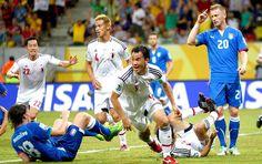Shinji Okazaki gol Japão jogo Itália (Foto: Reuters)