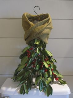 Dress form got a skirt of garland with a burlap stole.isn& she fancy? Mannequin Christmas Tree, Dress Form Christmas Tree, Unique Christmas Trees, Christmas Border, Holiday Tree, Christmas Love, Xmas Tree, Christmas Holidays, Christmas Fashion