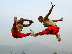 Siete in forma per il fine settimana?! #kungfu #jump #salta #pronti #ready