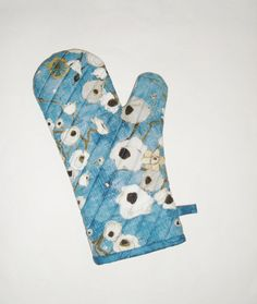 Oven Mitt  Poppies on Blue  Gallery Fiori  Gift by pasqueflower