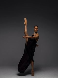 Misty Copeland Becomes First African-American Principal Dancer of the American Ballet Theater Black Dancers, Ballet Dancers, Ballet Barre, Black Ballerina, American Ballet Theatre, Ballet Theater, Ballet Photography, Brown Girl, Dance Art