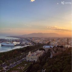 Málaga, by @myguiadeviajes