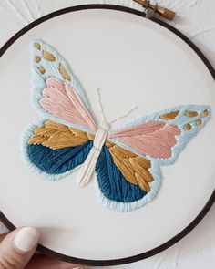 Best 11 Embroidery Patterns Butterfly Embroidery Hoop Nature Embroidery Botanical Art – Butterfly Embroidery Hoop Art – Ready To Ship This is a one of a kind piece of artwork framed in a hoop. It is ready to hang as the embroidery hoop acts as a frame. Hand Embroidery Projects, Embroidery Stitches Tutorial, Embroidery Flowers Pattern, Butterfly Embroidery, Simple Embroidery, Embroidery On Clothes, Embroidery Hoop Art, Hand Embroidery Designs, Embroidery For Beginners