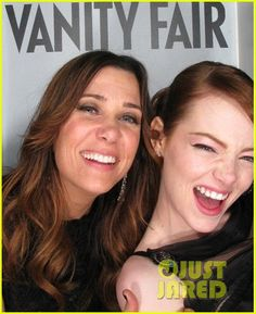 Kristen Wigg and Emma Stone ... Would love to hang out with these two girls!