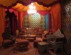 Moroccan Bedroom, Interior Design Living Room, Moroccan Style, Arabian  Nights, French Style, Oriental Furniture, Casket, Dream Man, Indian Art
