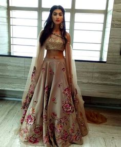 Need to know about the best Modern Indian Saree and products like Elegant Design Sari also Bollywood sari in which case Click VISIT link for more info indianfashion Indian Lehenga, Lehenga Choli, Anarkali Churidar, Shalwar Kameez, Lehenga Designs, Indian Wedding Outfits, Pakistani Outfits, Indian Outfits Modern, Indian Fashion Modern