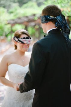 blindfold meeting before the wedding! ahh this really makes me wanna cry!