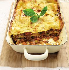 When Italians make a lasagne they use chopped steak, not mince, says Michelin-starred chef Angela Hartnett. Try this al forno recipe. Lasagne Recipes, Beef Recipes, Cooking Recipes, Lunch Recipes, Easy Recipes, Al Forno Recipe, Angela Hartnett, Chopped Steak, British Baking