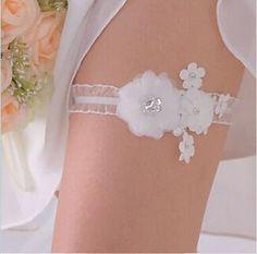 594b542e29c Bridal White Lace Garter Keepsake Weddings Garter Toss Shabby Chiffon White Wedding  Garter Belt Set With Flowers
