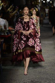 Dolce & Gabbana Alta Moda | Vogue Ukraine