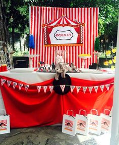 #sirk #circus #birthday #doğumgünü #bebek #çocuk #kutlama #party #parti #villalevante #organizasyon #izmir #kukiliksorganizasyon